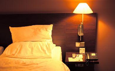 寝室の家具が決め手?深い眠りにつく方法
